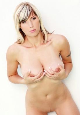 Big beautiful women nude