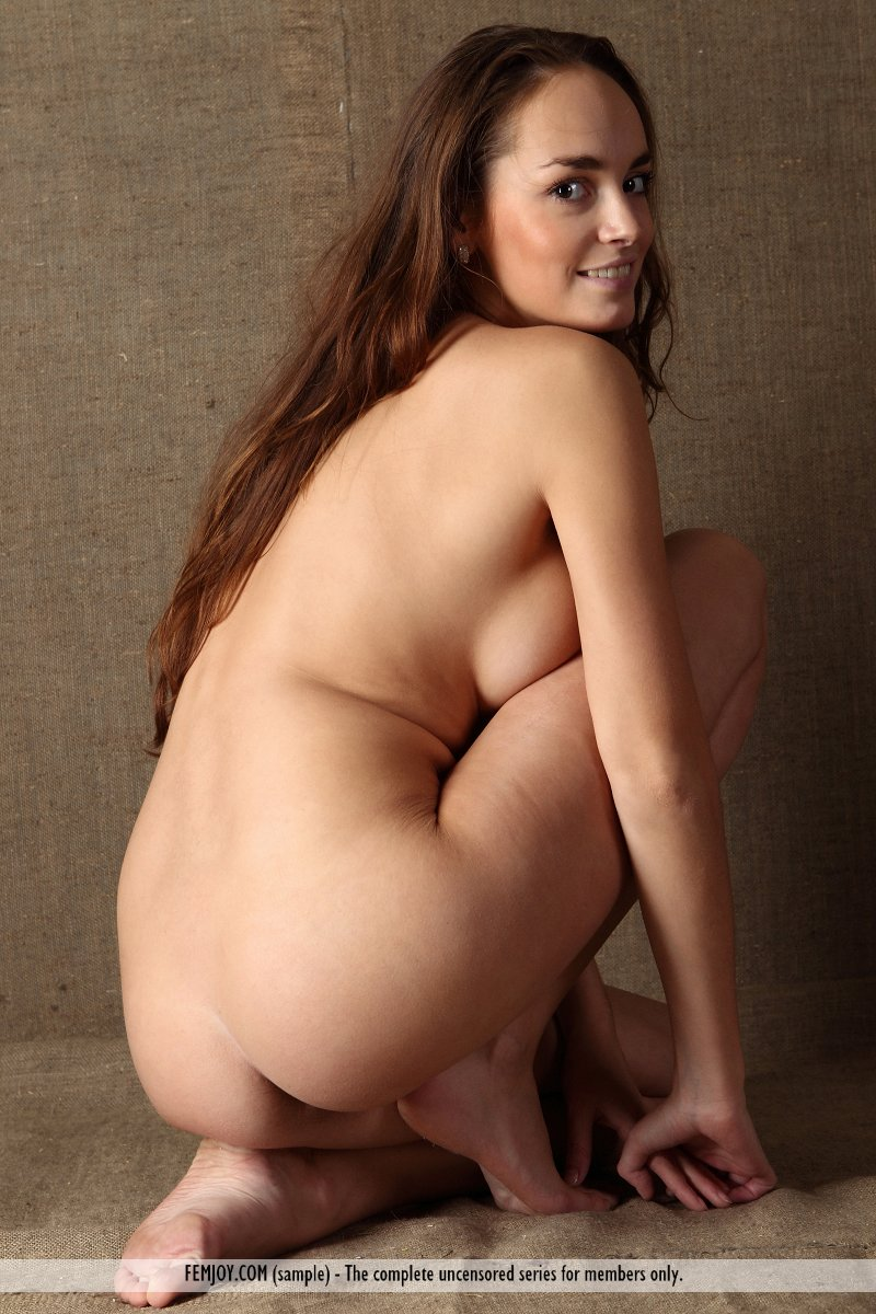 anabelle topless in retro :: best bosoms