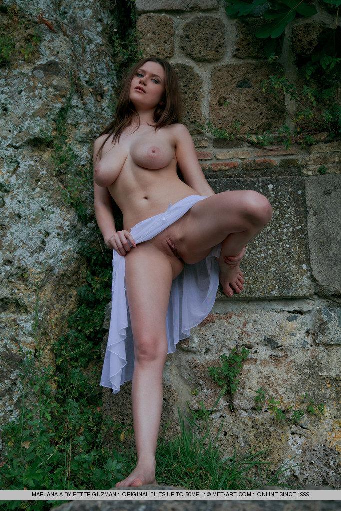 marjana a in covapeter guzman :: best bosoms