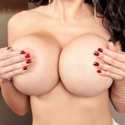 Amy Anderssen Presents her 34GGG Tits