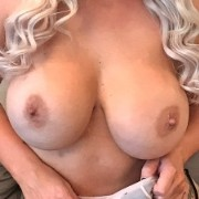 Nina Kayy Sexy Candid Pics