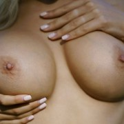 Thumb for Vika P on Femjoy in Kissable