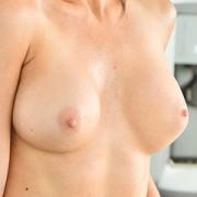 Sexy MILF Silvia Saige