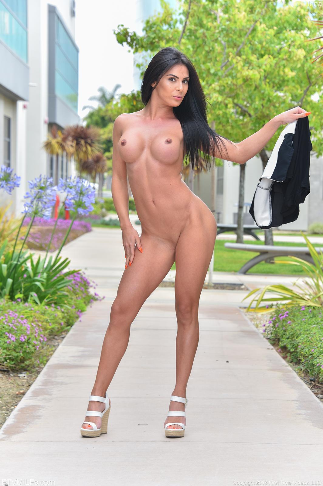 Sexy abs girl fucking movie