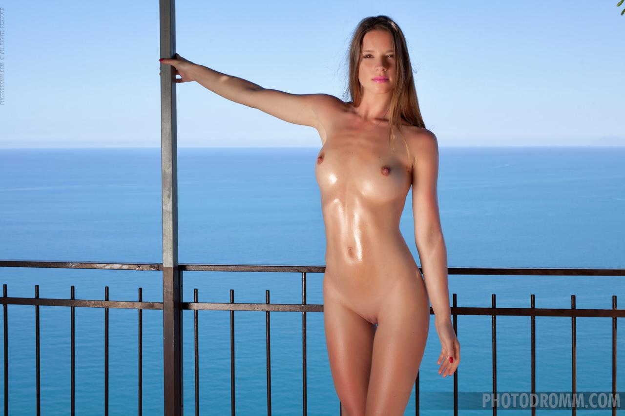 Amanda Blue Nude amanda in blue :: best bosoms